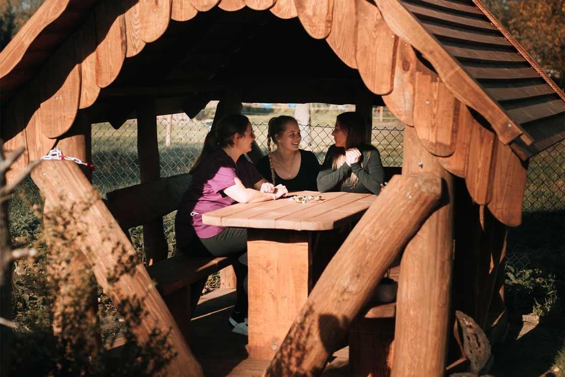 Pavillon im Garten - Tierarzt am Paulshof